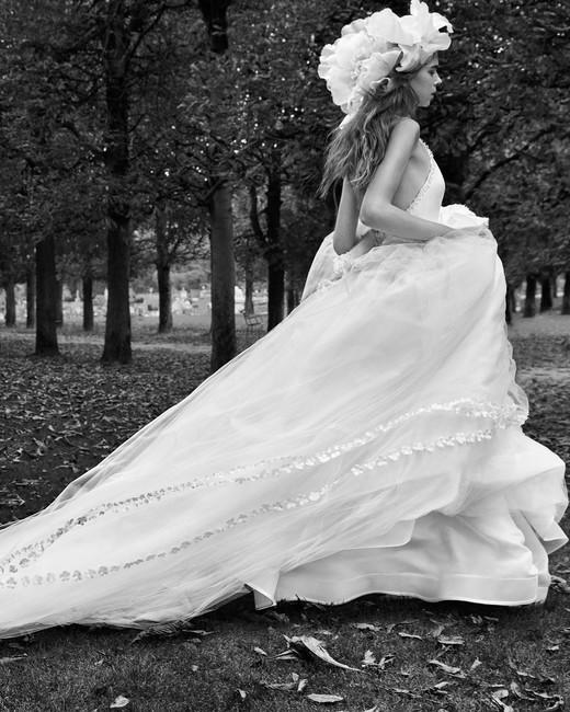 vera wang shear halter wedding dress with long train fall 2018