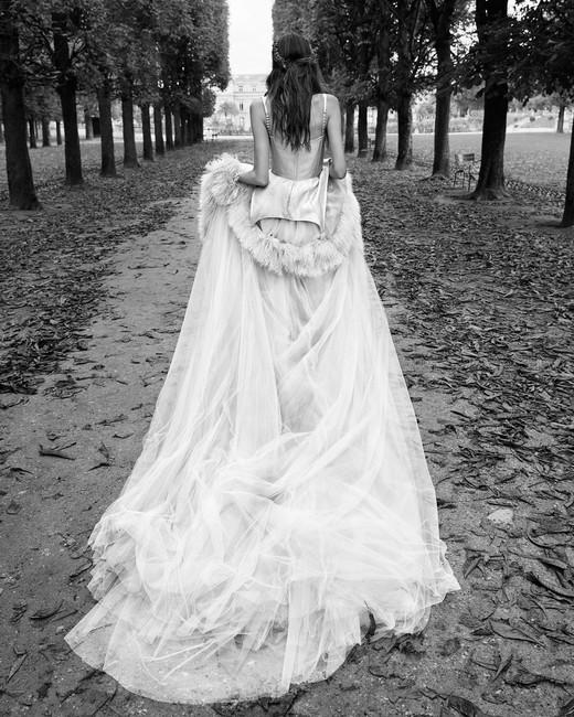 vera wang tule wedding dress with long train 2018