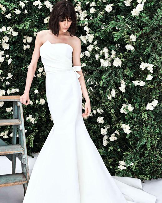 carolina herrera architectural strapless trumpet wedding dress spring 2020