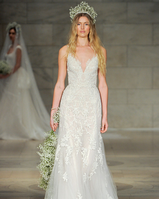 reem acra bridal market wedding dress fall 2018 v-neck spaghetti strap