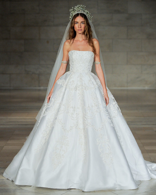 reem acra bridal market wedding dress fall 2018 strapless ball gown