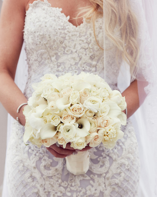 shqipe zenel wedding bride with white bouquet
