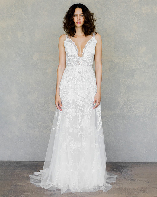 8c50a01e262 claire pettibone wedding dress spring 2019 v-neck lace detail