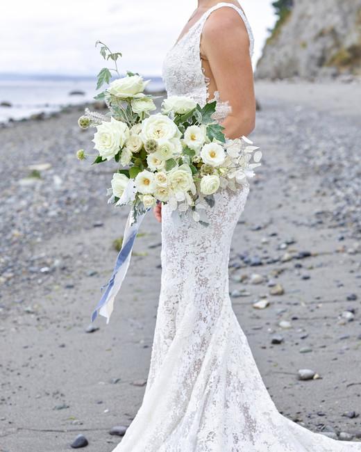 kaitlin dan wedding bouquet