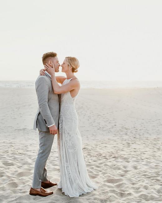 lisa sam mexico wedding couple beach