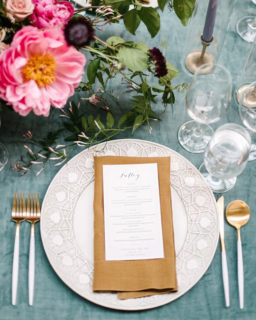 stephanie tim wedding place setting