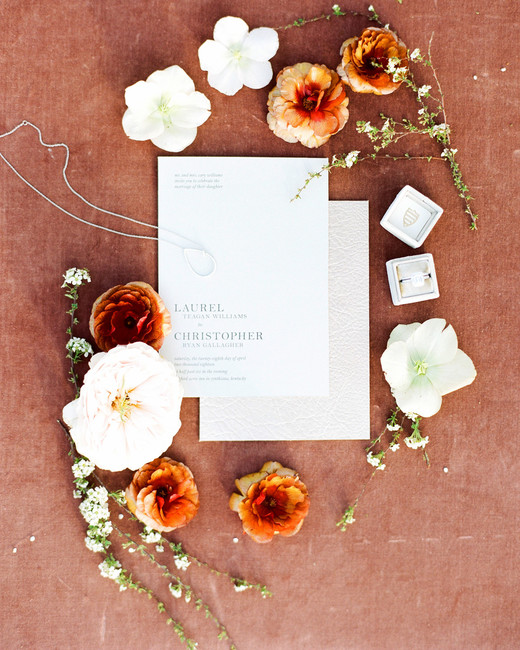 Tangerine and Marsala wedding color scheme