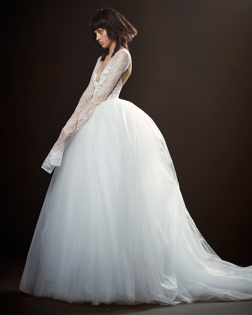 vera wang wedding dress spring 2018 lace sleeves ball gown