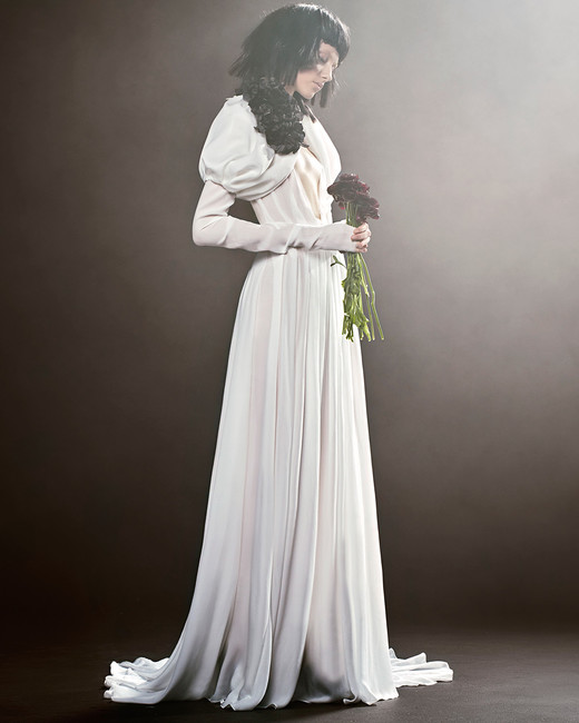 vera wang wedding dress spring 2018 sheer long sleeve shoulder accent