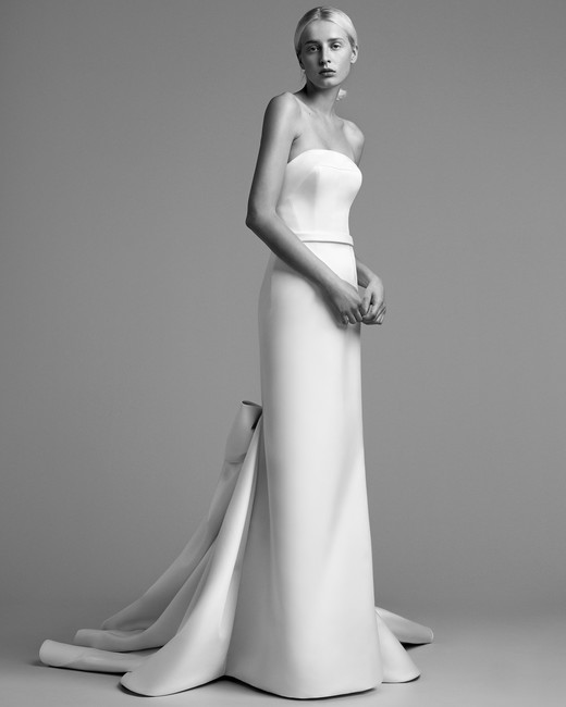 viktor rolf wedding dress fall 2018 sheath sleeveless