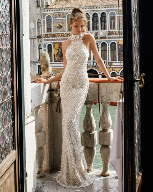 trumpet with netting julie vino wedding dress spring2018