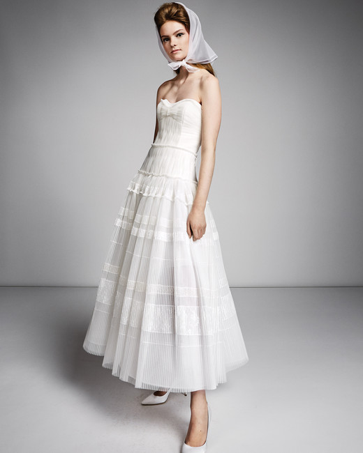 viktor rolf marriage fall 2019 strapless sweetheart tea length a-line gown