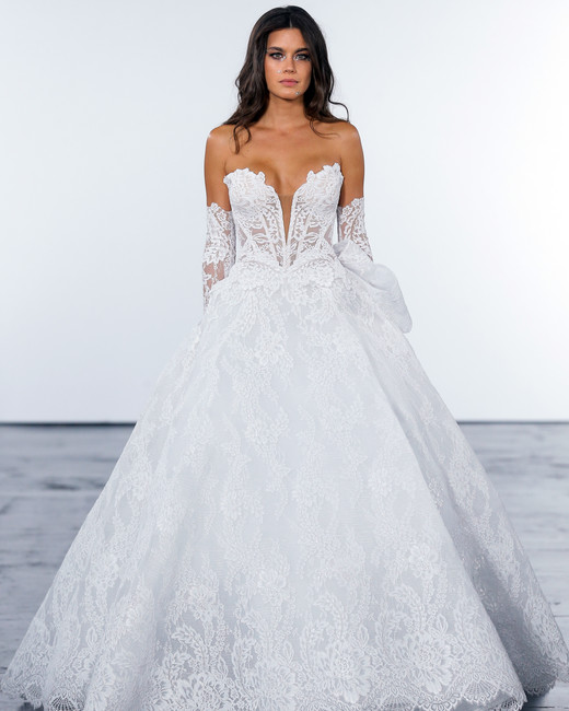 pnina tornai fall 2018 lace wedding ballgown