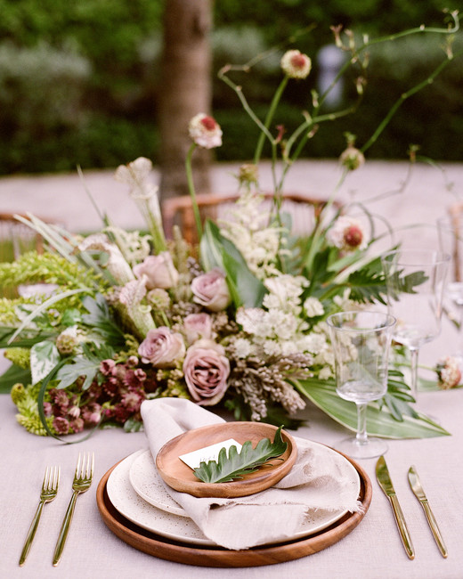 mauve and green wedding color scheme