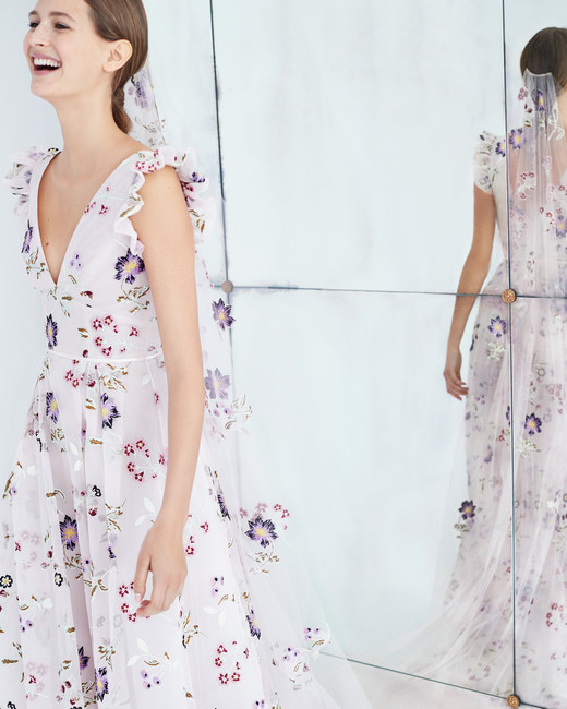 carolina herrera wedding dress fall 2018 floral v-neck pink
