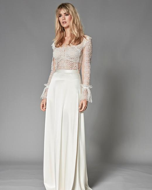 0c7c7efef8c4 Catherine Deane Fall 2018 Wedding Dress Collection | Martha Stewart ...