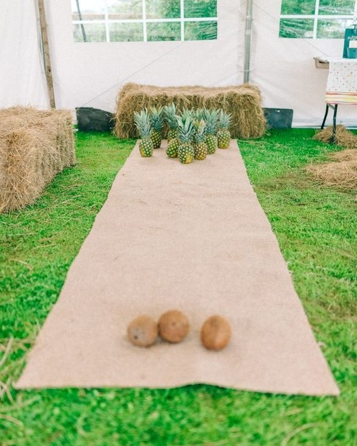 Coconut Bowling reception game