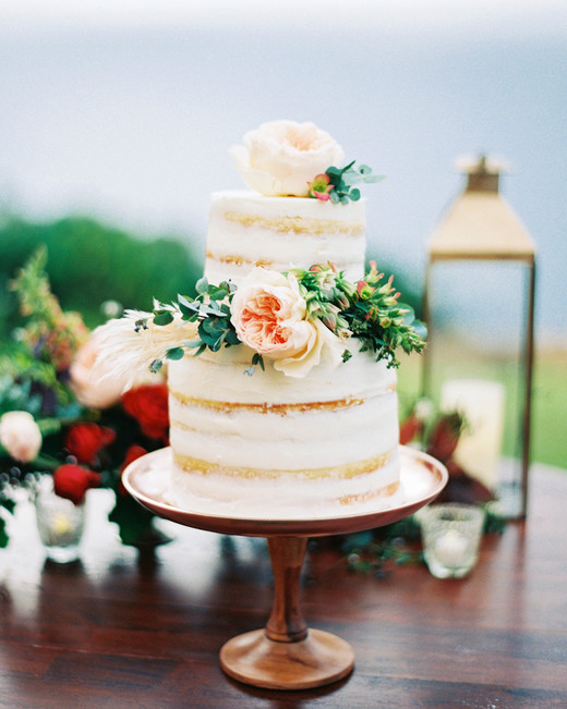 rebecca eryck wedding hawaii naked cake