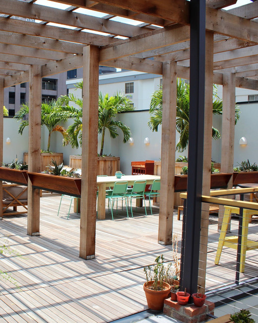 Catahoula Hotel, NOLA hotel-rooftop-courtyard-bar