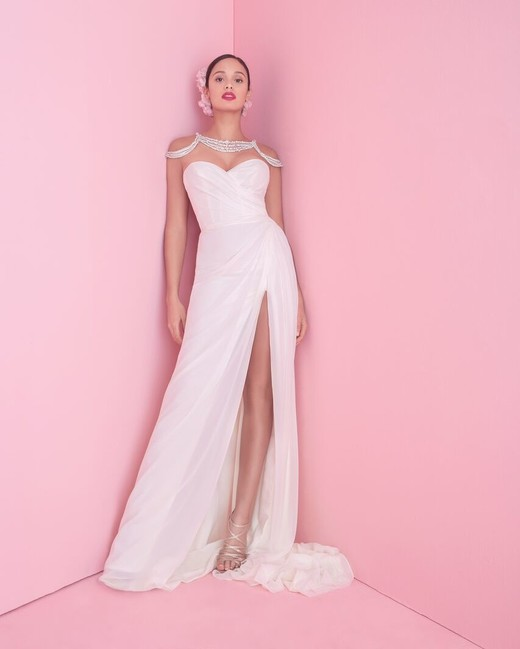 "blush by hayley paige ""vita"" wedding dress spring 2019"