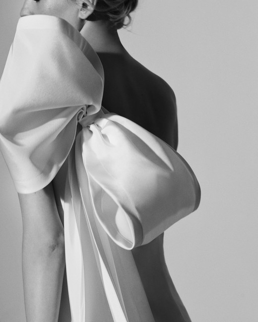 bow one-shoulder Carolina Herrera Wedding Dress Spring2018