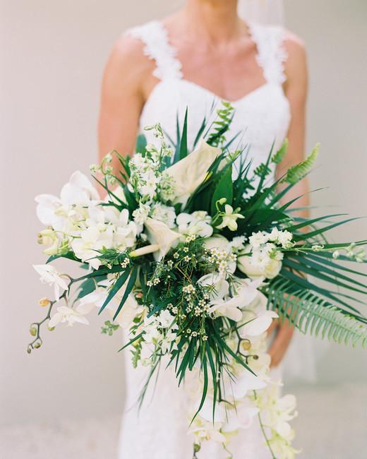 sara danny mexico wedding bouquet tropical