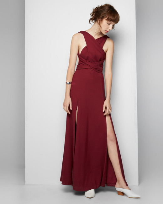 burgundy bridesmaid dress – Fame and Partners – Kendall