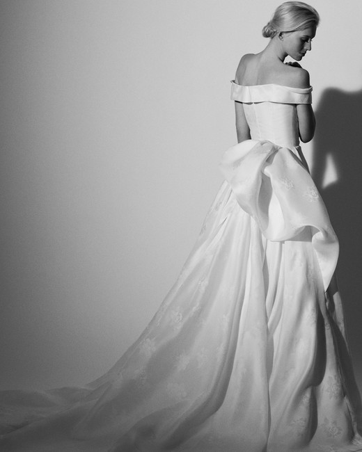off the shoulder ball gown Carolina Herrera Wedding Dress Spring2018