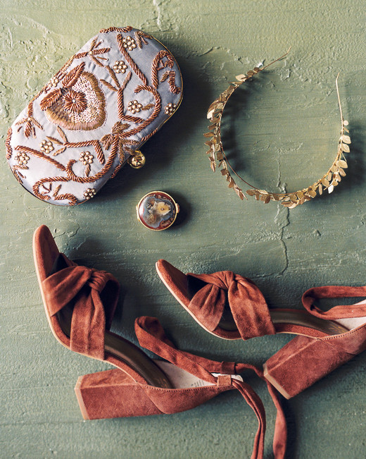 katie matthew ohio wedding accessories
