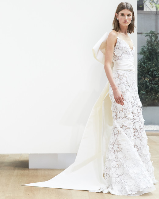 lace trumpet Oscar de la Renta Spring 2018 Wedding Dress Collection