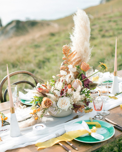 pampas grass ideas tall centerpiece on table