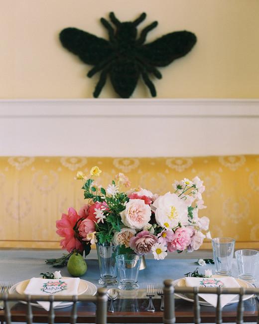 bee wedding ideas floral centerpiece bee wall art