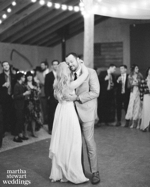 beth behrs michael gladis wedding first dance sylvie gil