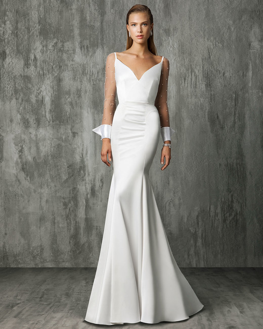 Victoria Kyriakides Mermaid Wedding Dress Fall 2018