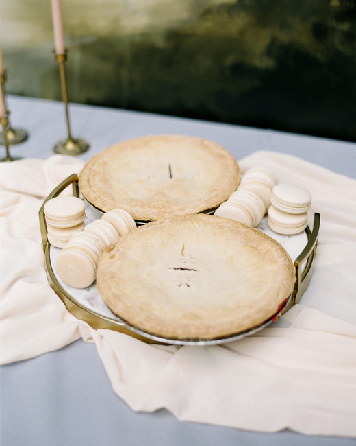 katie matthew ohio wedding pies macarons