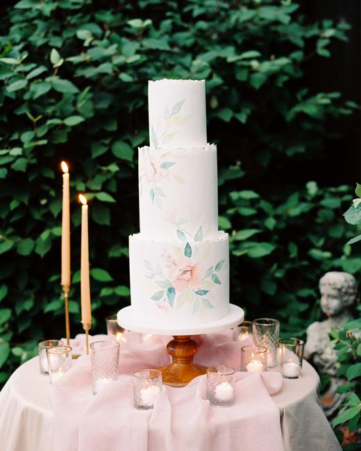 painted vine of flowers wedding cake