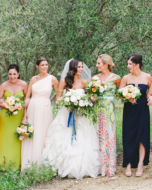 mismatched bridesmaids dresses onelove photography