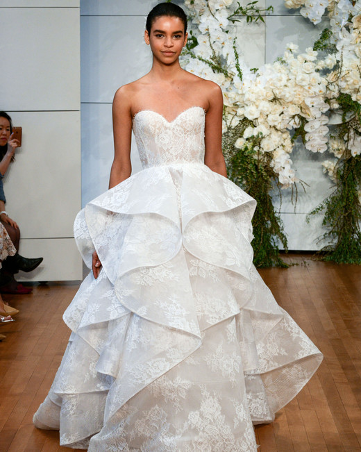 monique lhuillier lace ruffled wedding dress spring 2018