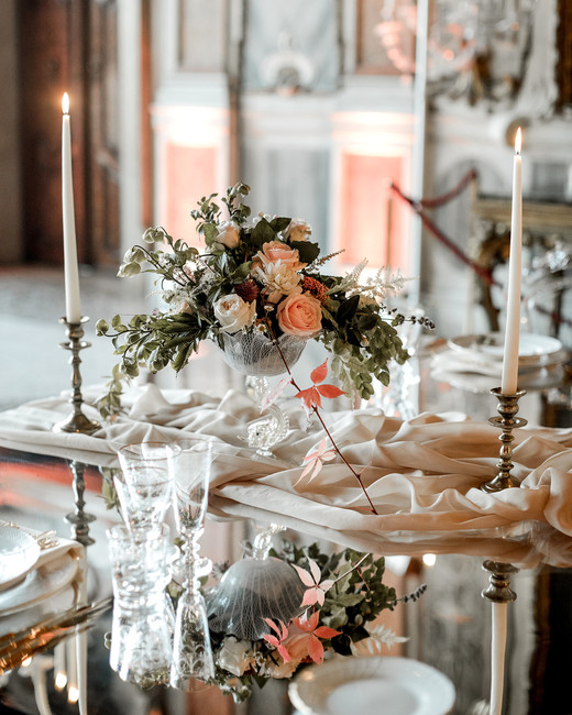 elle raymond venice wedding table centerpiece