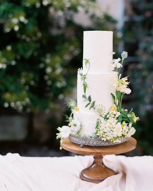 The Secret Garden inspired classic three-tier wedding cake