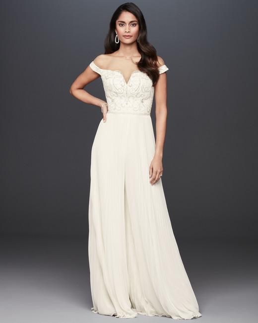 off-the-shoulder sweetheart neckline a-line wedding dress Galina Signature Spring 2020