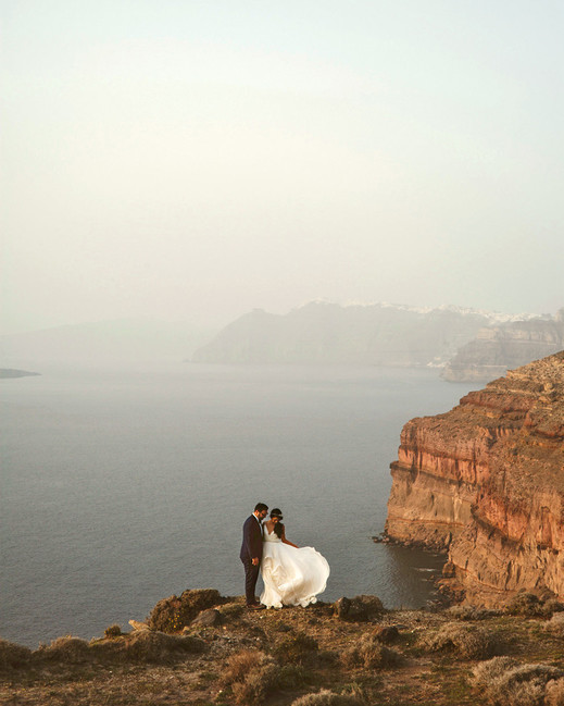 epic elopement locations santorini greece