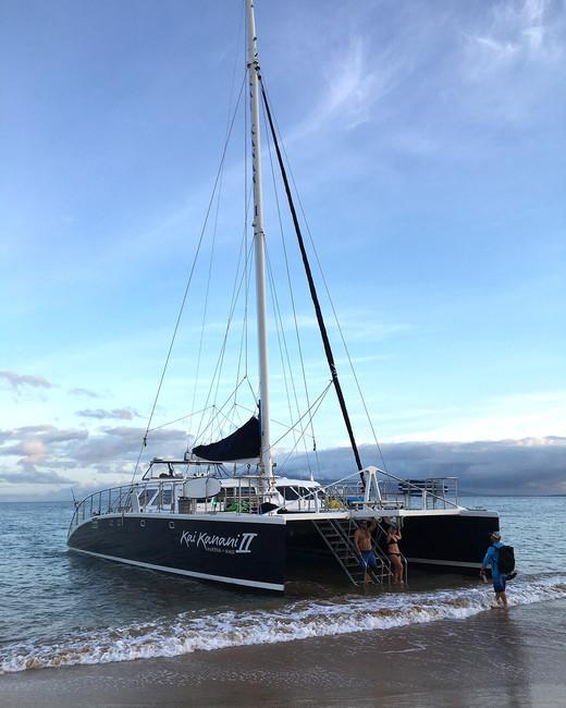 hawaii experiences sunrise snorkel boat on the shore