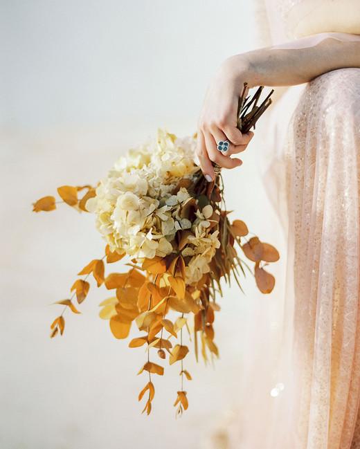monochromatic bouquet gold flowers