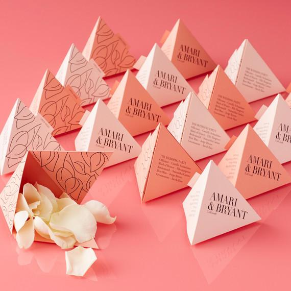 pyramid confetti