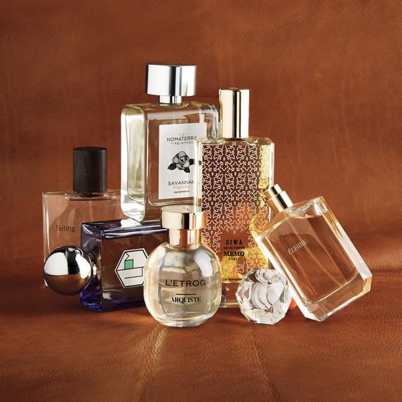 beauty-perfume-215-d112163-r1.jpg