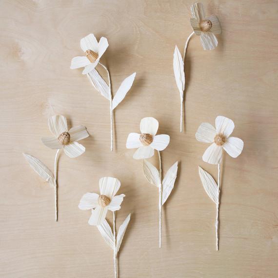 diy woven flowers anemone