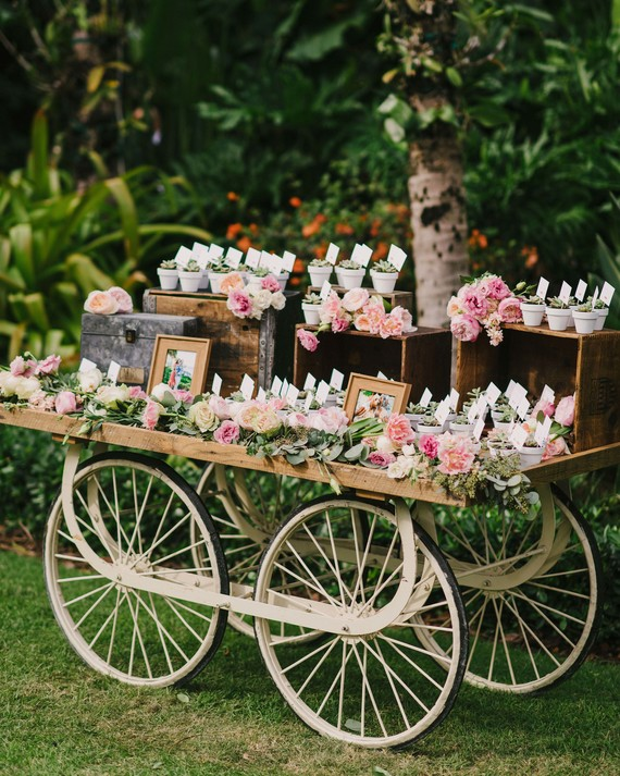 50 Wedding Favors Your Guests Will Love
