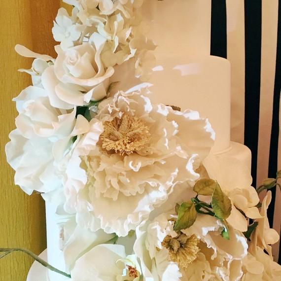 martha-wedding-party-cake-0116.jpg
