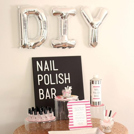 diy-nail-polish-bar-0515